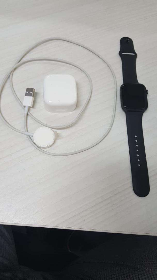 Iwatch Series 4 Black Rubber Band 44 mm (Negotiable) 0