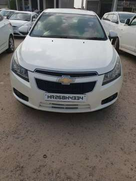 Chevrolet cruze 2011 top model, First owner.