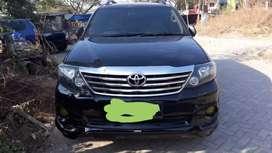 Toyota fortuner diesel 2012 metic