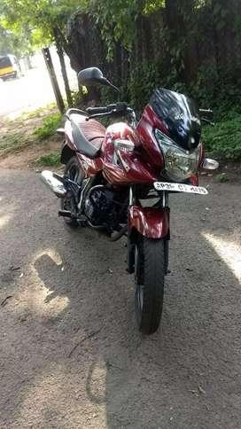 Good condition bajaj Discover 150cc doom