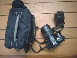 Nikon D5200 body + Tamron 18-200mm f/3.5-6.3