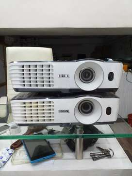Benq Multimedia Projectors are available in  HDMI
