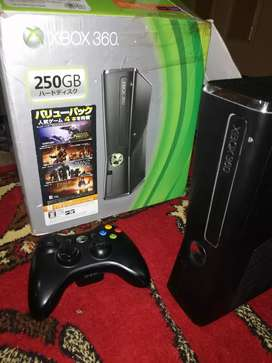 Xbox 360 250GB 10/10 Condition With Wireless Controller