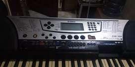 Keyboard orgen piano Yamaha psr 340