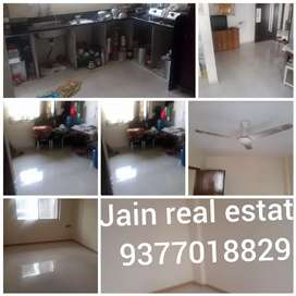 2bhk flat good condition in chala road