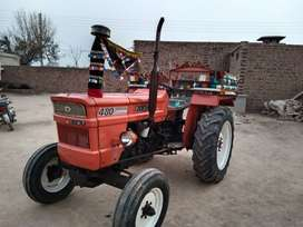 For sale tractor 2001 model