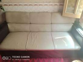 I want to sale used furniture