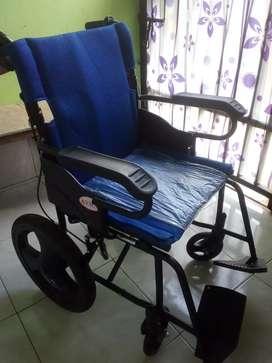 kursi roda travelling avico
