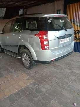 Mahindra xuv500 w10