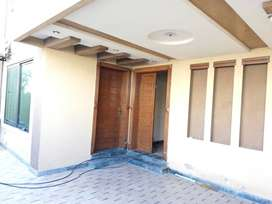 8 Marla House For Rent In Good Location Bahria Town Lahore