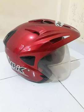Helm NHK ukuran L