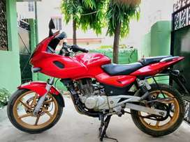 Well maintained Pulsar 220