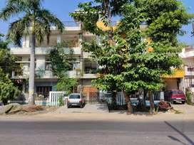 Aliganj Corner Property for Commercial Rent, Ground Floor.