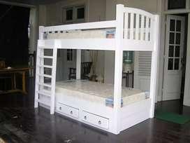 Tempat tidur dipan tingkat kayu jati akasia mahhoni