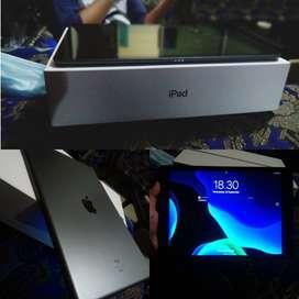 IPAD 7 32gb like new iBox