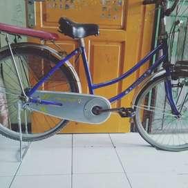 Butuh dana jual sepeda