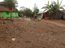 Tanah luas 744 meter termasuk ada 5 rumah kontrakan terisi