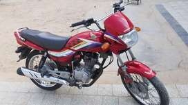 Honda delux 125 in a very good condition.