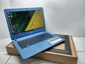 Laptop Acer aspire Es 14 Warna Cerah Masih Mulus