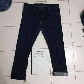 Uniqlo selvedge mantrap size 32 dan 34