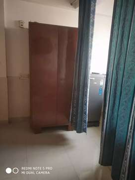 Fullfarnished flat in ews net and clean attractive location