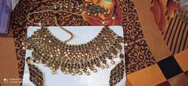 Necklace with ear ring and mang teeka