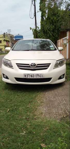 Toyota Corolla Altis 2010 Petrol Well Maintained