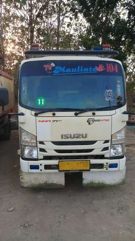 Isuzu NMR71HD Dump Truck