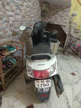 Scooty sell Suzuki Swish nice condition