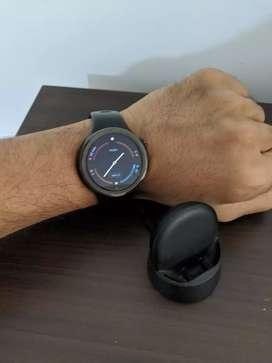 Moto 360 sportswatch excellent condition