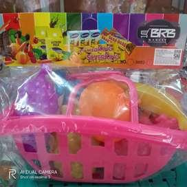 Mainan keranjang buah