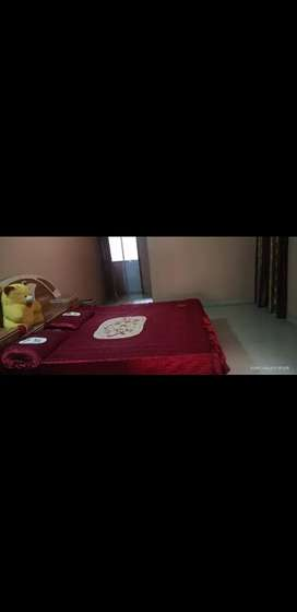 Pg room available| 2mins walking distance from Marine Drive