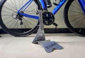 Paddock Sepeda DPaddock Warna Silver Bisa untuk Roadbike, MTB, Seli