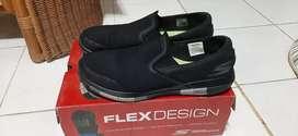 Skechers size 43 mulus 100%