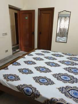 Independent Double seater pg with attach washroom for girls