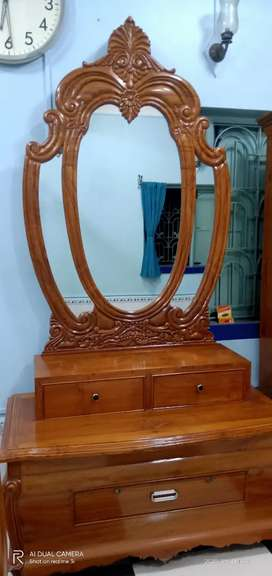 9 feet dressing mirror, a 1 quality wood with fiber