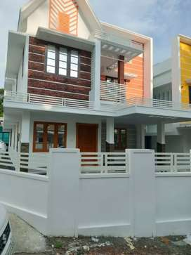 4 bhk 2200 sqft 4.6 cent new build house at kakkanad near thevakkal