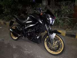 Want to  sell  bajaj dominor 400 . 2018 model 1600km rs 140000