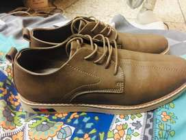 Export quality brand new shoes size is 8