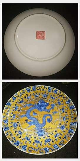 Antik Dinasti Ming / Qing piring porselin motif naga kuno lebar 24 cm