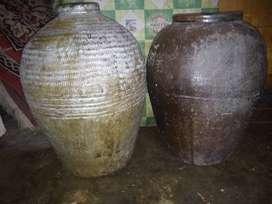 Gentong/tempayan kuno
