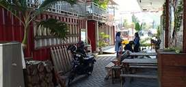 Bangunan cafe portable / container cafe / kafe peti kemas