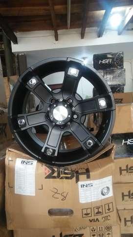 JT61 HSR R15X65 H5X114,3 ET30 BLACK manado