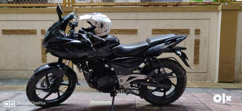 Pulsar 220 DTSI only 27000 kms Driven 0
