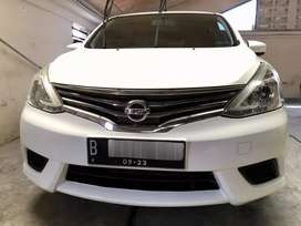 All new nissan grand livina SV 2013 at/cvt putih kredit Dp ringan