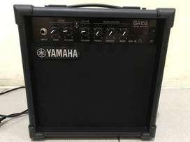 Ampli gitar yamaha GA 15-ll masih mulus