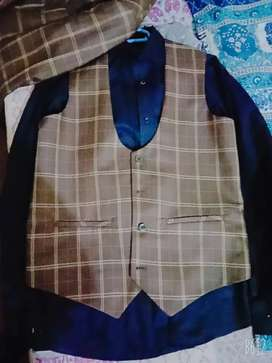 Three piece suit for sell Branded