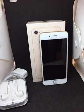I PHONE 8 64GB ROSE GOLD COLOUR WITH WARRANTY