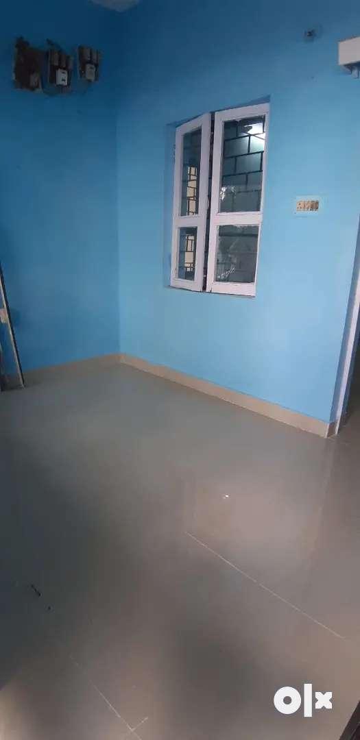 2 bhk part house semi furnished in Shahpura Colony 0