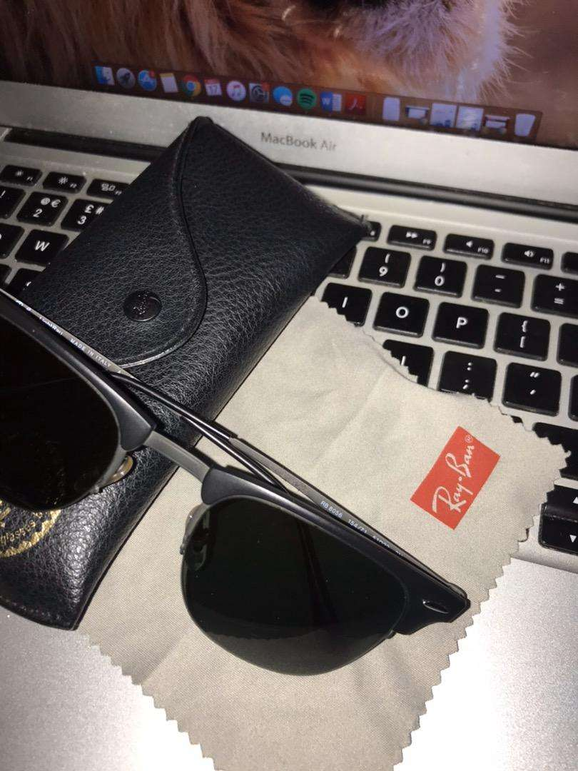 Original Ray ban Sunglasses Shades (got it from Dubai) 0